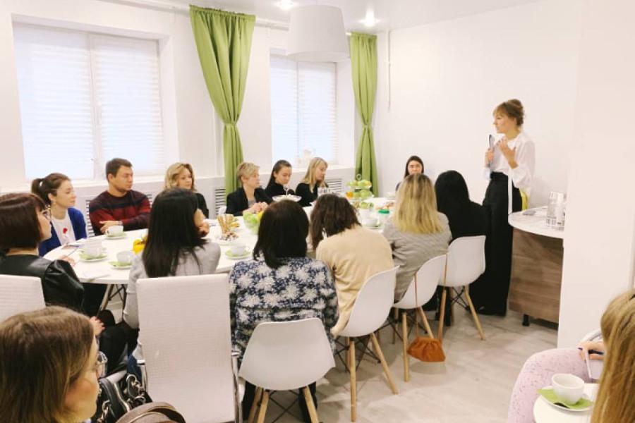 Закрытый женский клуб в москве фотографируют в ночных клубах