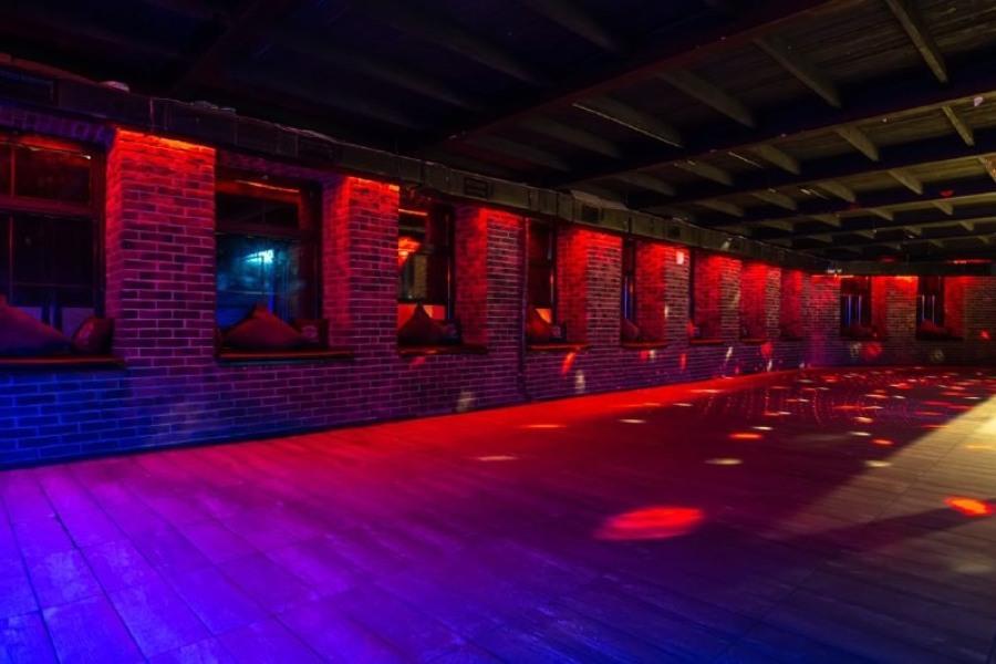 комсомольская клуб ночной