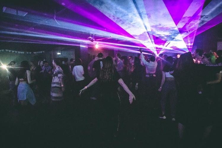 Ночной клуб таганка москва молодежные ночные клубы в спб