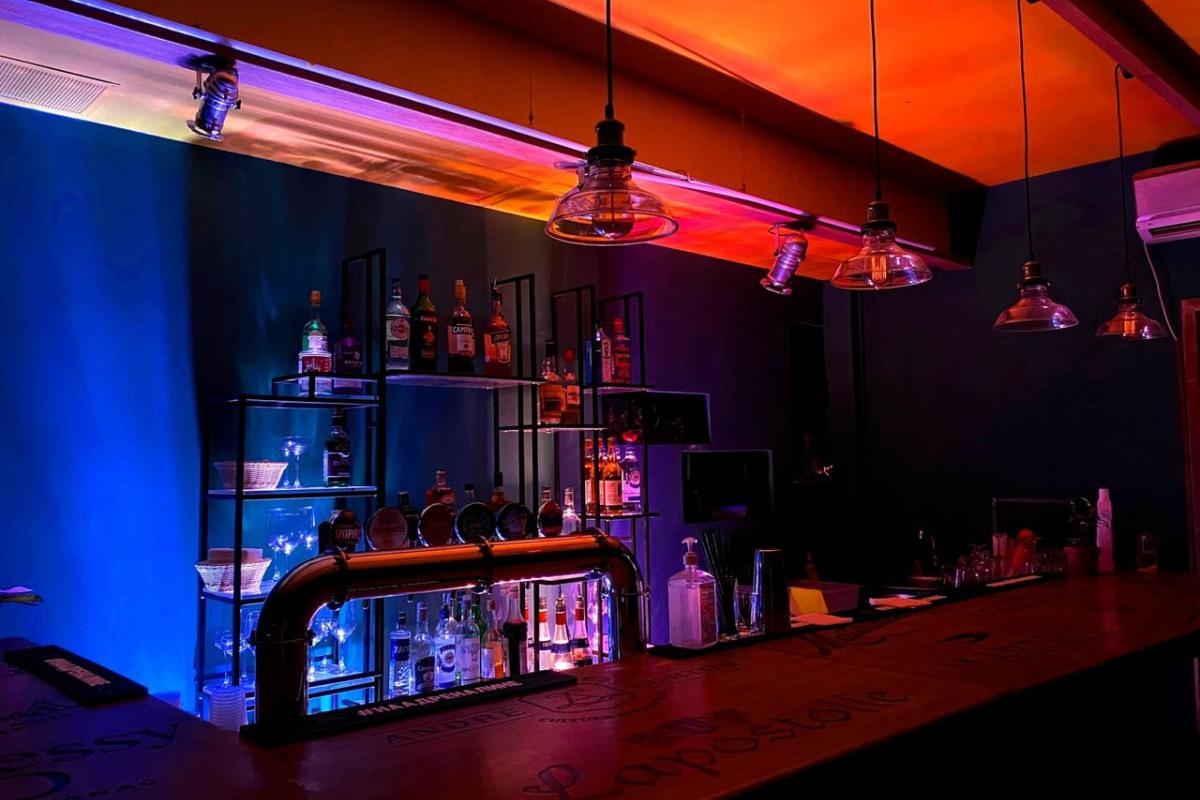 Ночной клуб трехэтажный эротическое шоу на корпоратив